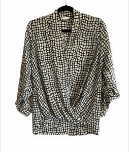 Pleione Size M Women's Black/White High Low Blouse Draped Front Long Sleeves