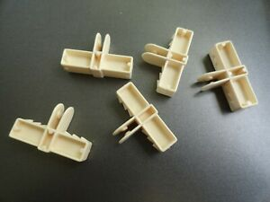 VINTAGE 70s BARBIE TOWNHOUSE COLUMN SMALL PLUGS REPLACEMENT PARTS LOT OF 5