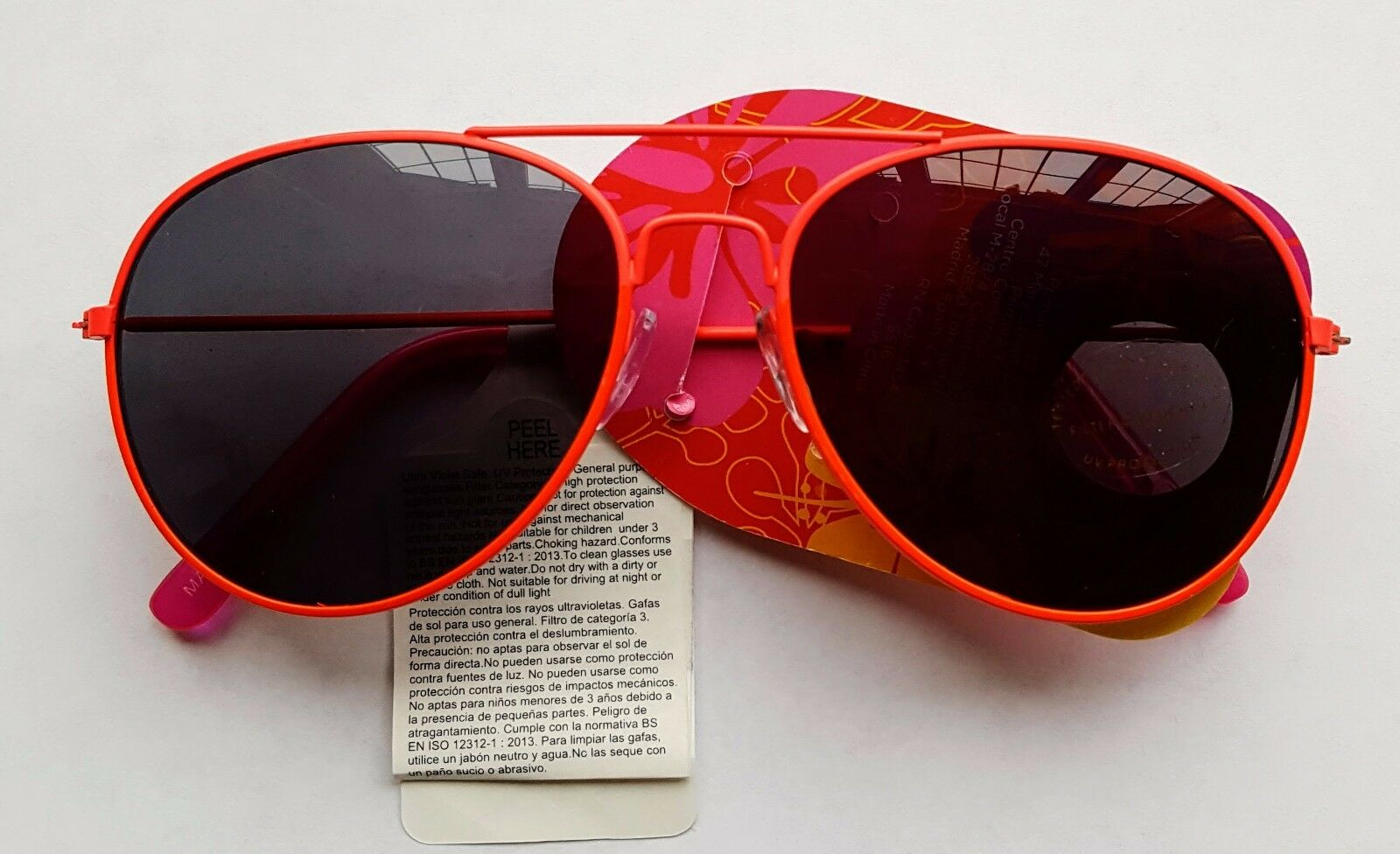 Details About Children S Boys Girls Character Sunglasses George Peppa Pig Spiderman Minnie