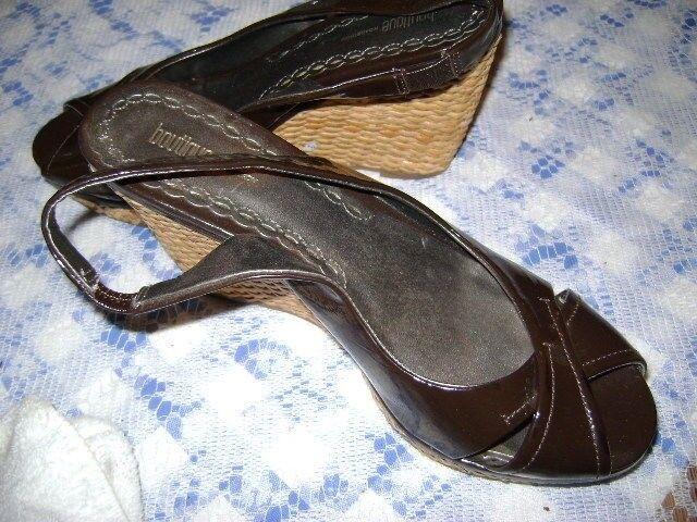 Boutique Nordstrom Slingback Wedge Tia Size 8.5 Peep Toe Brown Dark