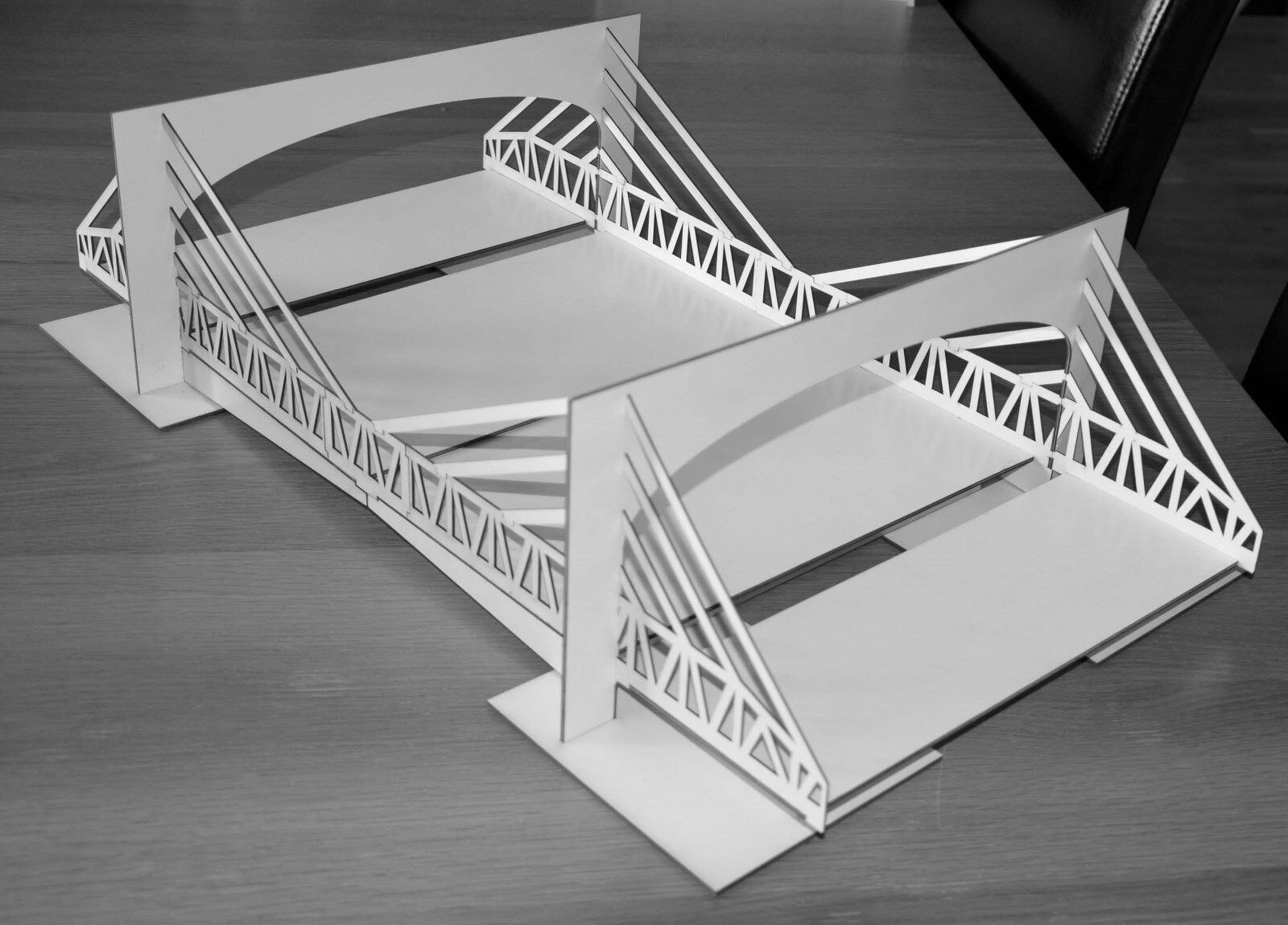 1 32 Scale 4-Lane Suspension Bridge Kit - for Scalextric Other Static Layouts