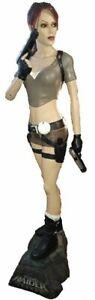 Tomb-Raider-Lara-Croft-Legend-1-1-Full-Lebensgrosse-Figur-auch-Mist-OXMOX