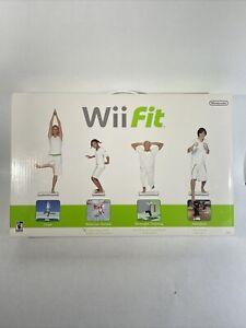 Wii Fit Balance Board RVL-021 Plus 4 Carpet Feet In Original Box TESTED