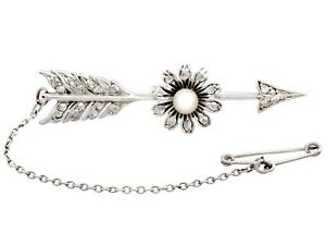 3a0816e1c Antique 0.28 ct Diamond and Seed Pearl, 9 ct White Gold Arrow Brooch ...