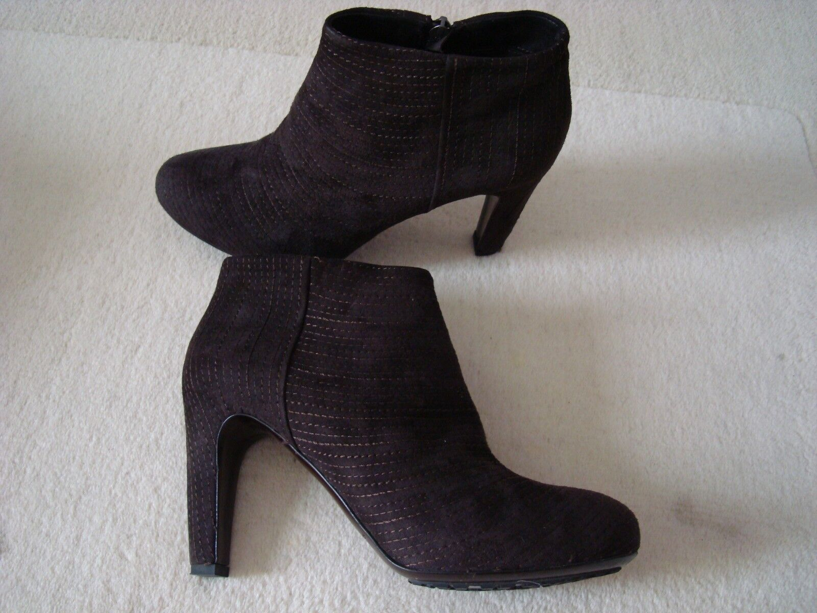 Roberto Del Carlo Brown Suede Ankle Booties Size 37.5