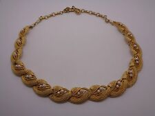GOLD TONE HEAVY METAL LINK CHAIN NECKLACE WITH FAUX SEED PEARL DETAIL