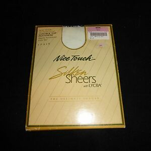 7728ef0225564 NEW Nice Touch Silken Sheers Control Top Pantyhose Sz Petite WHITE ...