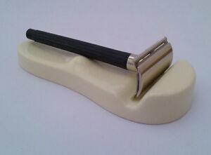 Shaving-Razor-Rest