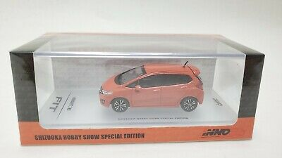 INNO64 1:64 Scale 2019 Release White HONDA FIT 3 GK5 RS w//Decal /& Extra Wheels