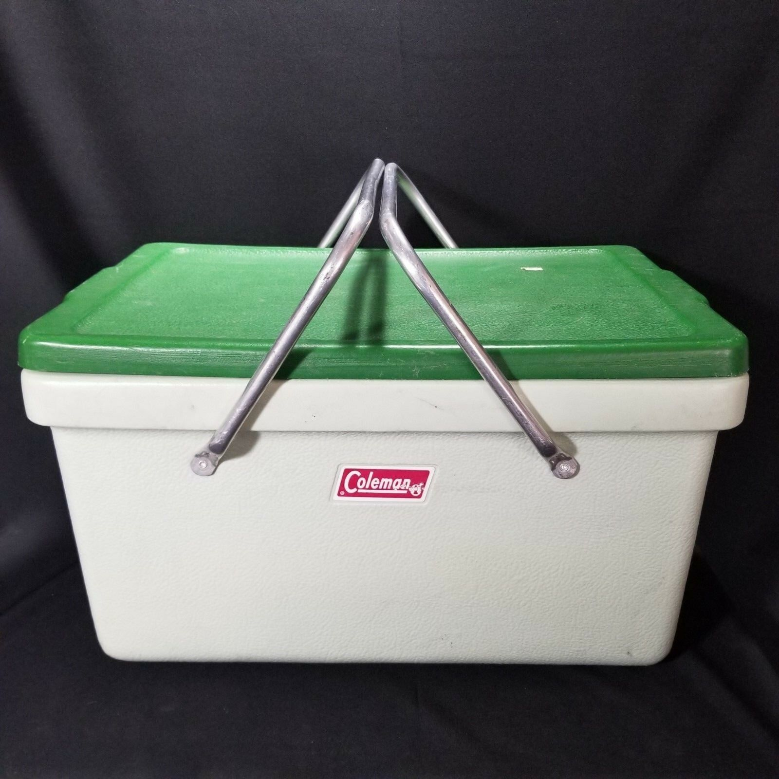 VTG Coleman 70's Mint Green Plastic With Metal Handles Cooler  Camping icechest  2018 latest