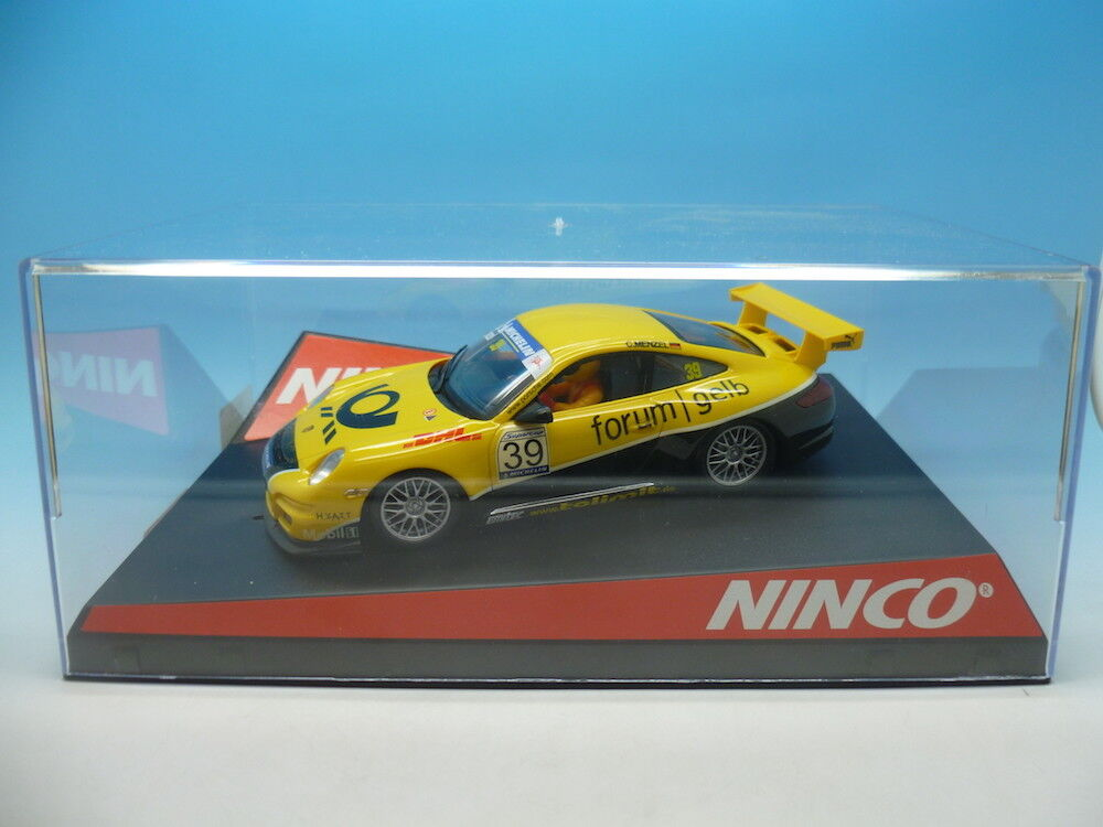 Ninco 50445 Porsche 997 Forum yellow, mint unused