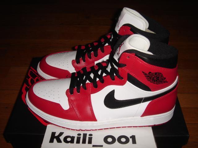 Nike Air Jordan 1 Retro High Chicago OG Bred Royal DB Banned Fragment A