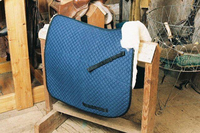 Doma Azul Manta De W Pomo Roll Piel de oveja parcial Inglés Tack Pad