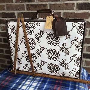EXTREMELY-RARE-CLEAN-1970s-EMBROIDERED-DAISY-WOMENS-HARTMANN-SUITCASE-BAG-R-1198