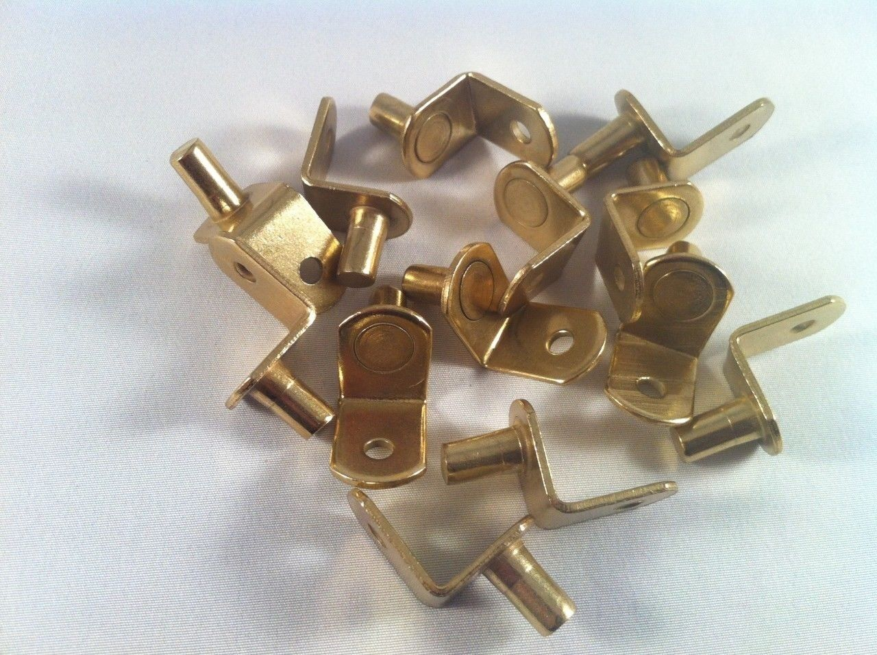 (1000PCS) 1 4  DIA PIN  L  SHAPED SHELF SUPPORT POLISH BRASS