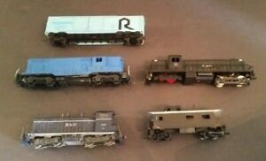 Vintage Train Lot HO Scale 5 Cars Mixed Lot Locomotives #5