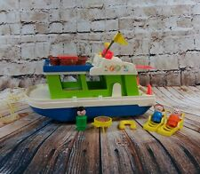 VTG Little People Happy Houseboat People Life Preserver Table Grill Chairs