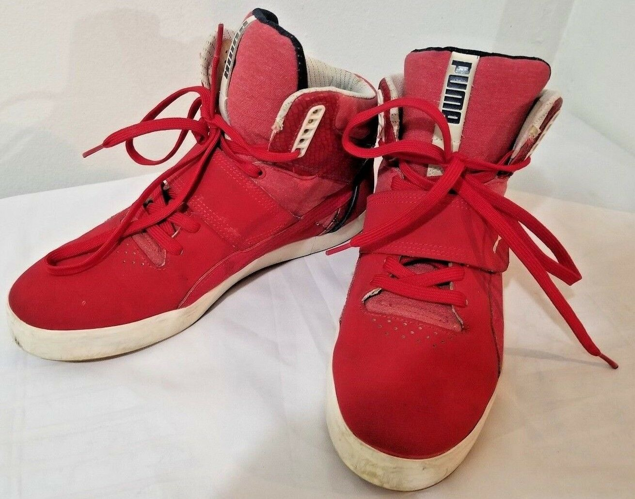 Puma Red Suburb Hi Top Sneakers w  Strap Size 11.5 M