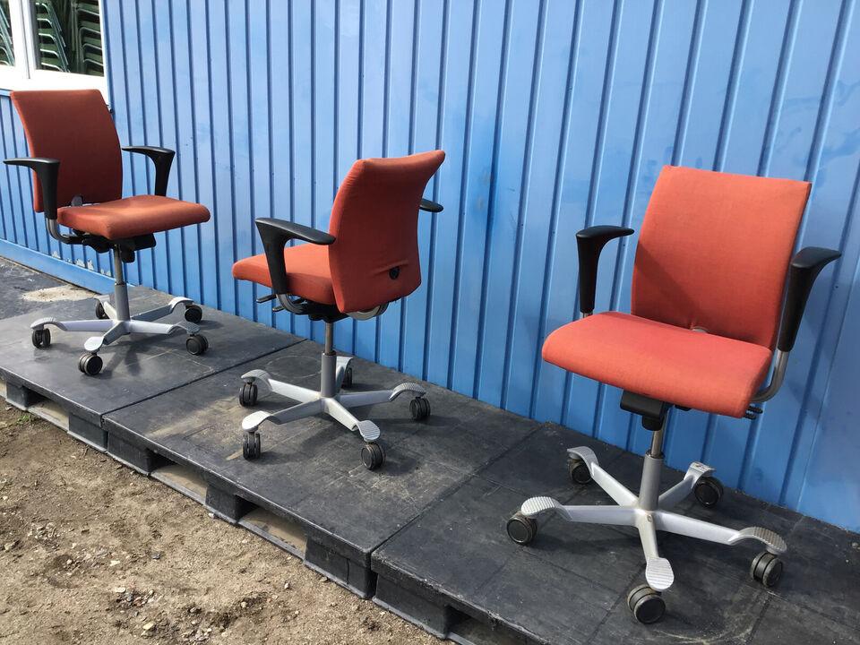 HÅG kontorstole KUN 2 stk tilbage - pris pr. stk