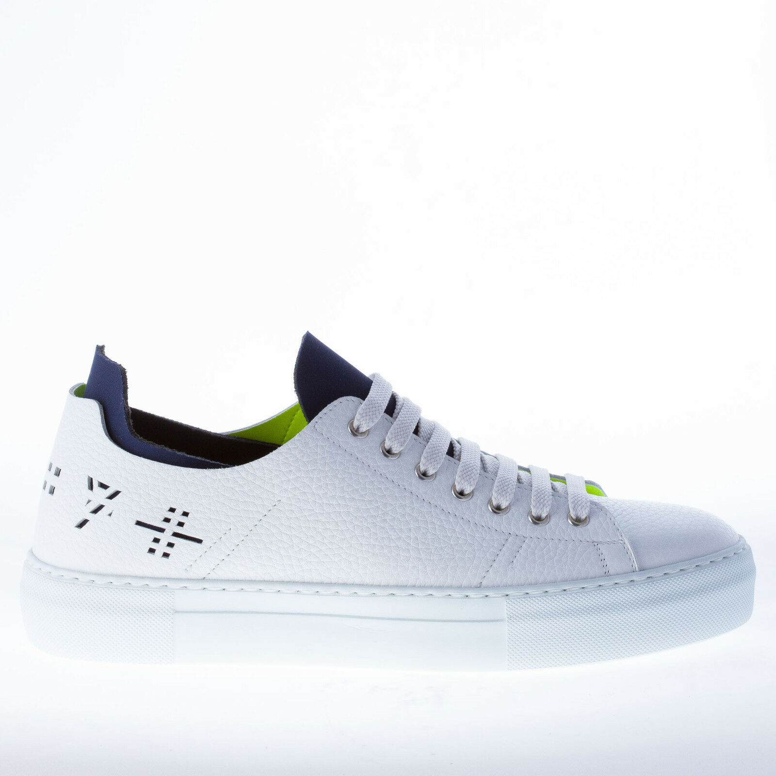 STRIKE FIRENZE herren schuhe White pebbled leather sneaker with bluee insets