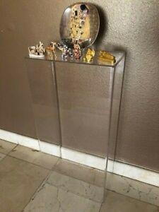 LuciteDisplays-Acrylic-Art-Sculpture-Stand-Pedestal-Display-Clear-16W-x-9D-x-32H