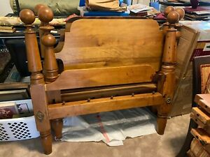 Antique Solid Maple Twin Size Cannonball Beds Furniture 1800 S Ebay