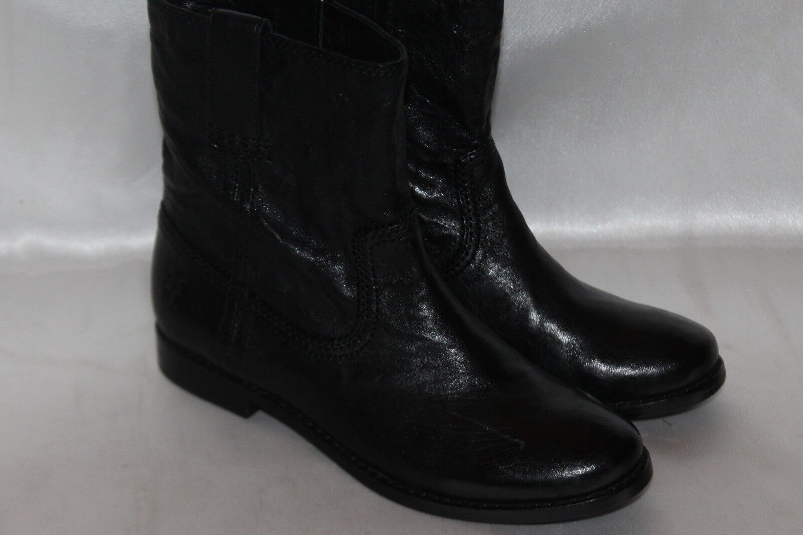 NEW  FRYE Soft Black Leather ANNA SHORTIE Pull On Ankle Boots Sz 6