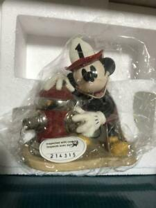 WDCC Walt Disney Classics Collection Figurine Mickey Mouse Fireman to the Rescue