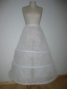 Impartial Jupe En Crinoline Avec 3 Anneaux Tulle Jupon Robe De Bal Mariée Blanc Neuf