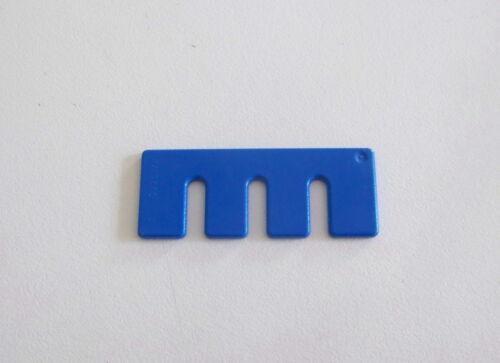 PLAYMOBIL SAFARI Etagère Bleue Support Fusils Mur Oambati Station 4826 P334