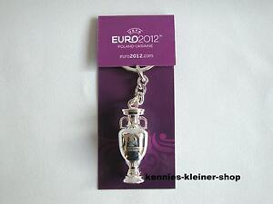 """Football Em Uefa Euro 2012 Tm Cup Ec Porte-clés """"coupe"""" 3d Pologne/ukraine-ger """"pokal"""" 3d Polen/ukraine Fr-fr Afficher Le Titre D'origine"""