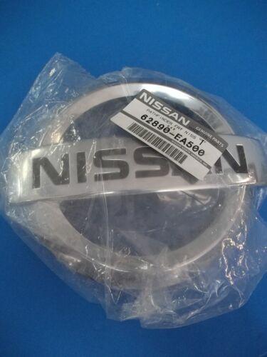 NISSAN GENUINE FRONT EMBLEM 62890-EA500  !