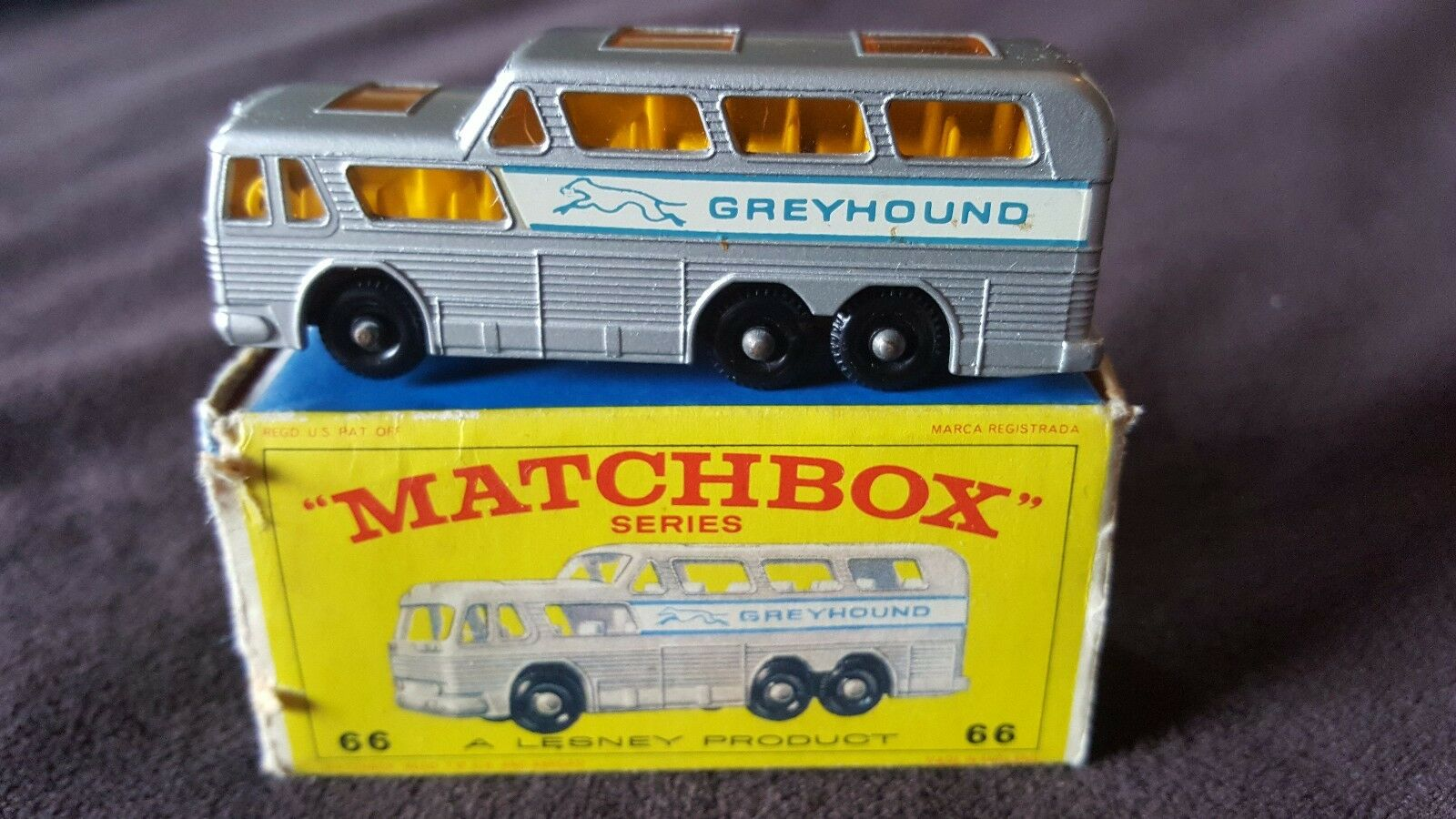 Matchbox Series Nº 66 B.P. Galgo coche con caja