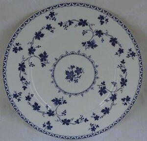 Royal-Doulton-Yorktown-Smooth-Stirling-Shape-Dinner-Plate