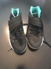 Nike Kyrie 2 Boys Preschool Blackblackhyper Jadewhite 27280001