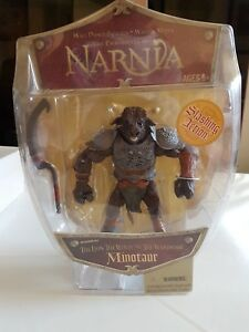 The-chronicles-of-Narnia-the-Lion-the-witch-Minotaur-figure