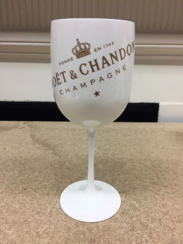 1 x Moet Ice Imperial Champagne White New Style Plastic Goblet Glass