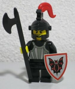 3 Vintage LEGO Classic Castle Dragon Master Knight Minifigures Shields Plumes