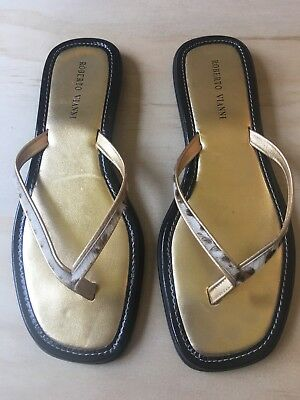 67aab18836b1 ROBERTO VIANNI Gold Leopard Print Sandals Flip Flops Made in ITALY Size 39  EUC
