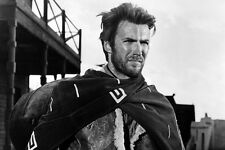 Clint Eastwood A Fistful Of Dollars Iconic Poncho Pose 11x17 Mini Poster
