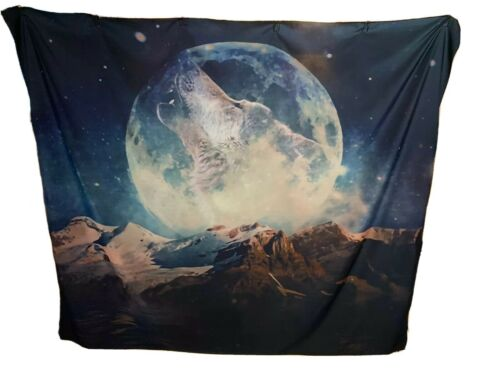 New Howling Wolf Moon And Mountains Tapestry