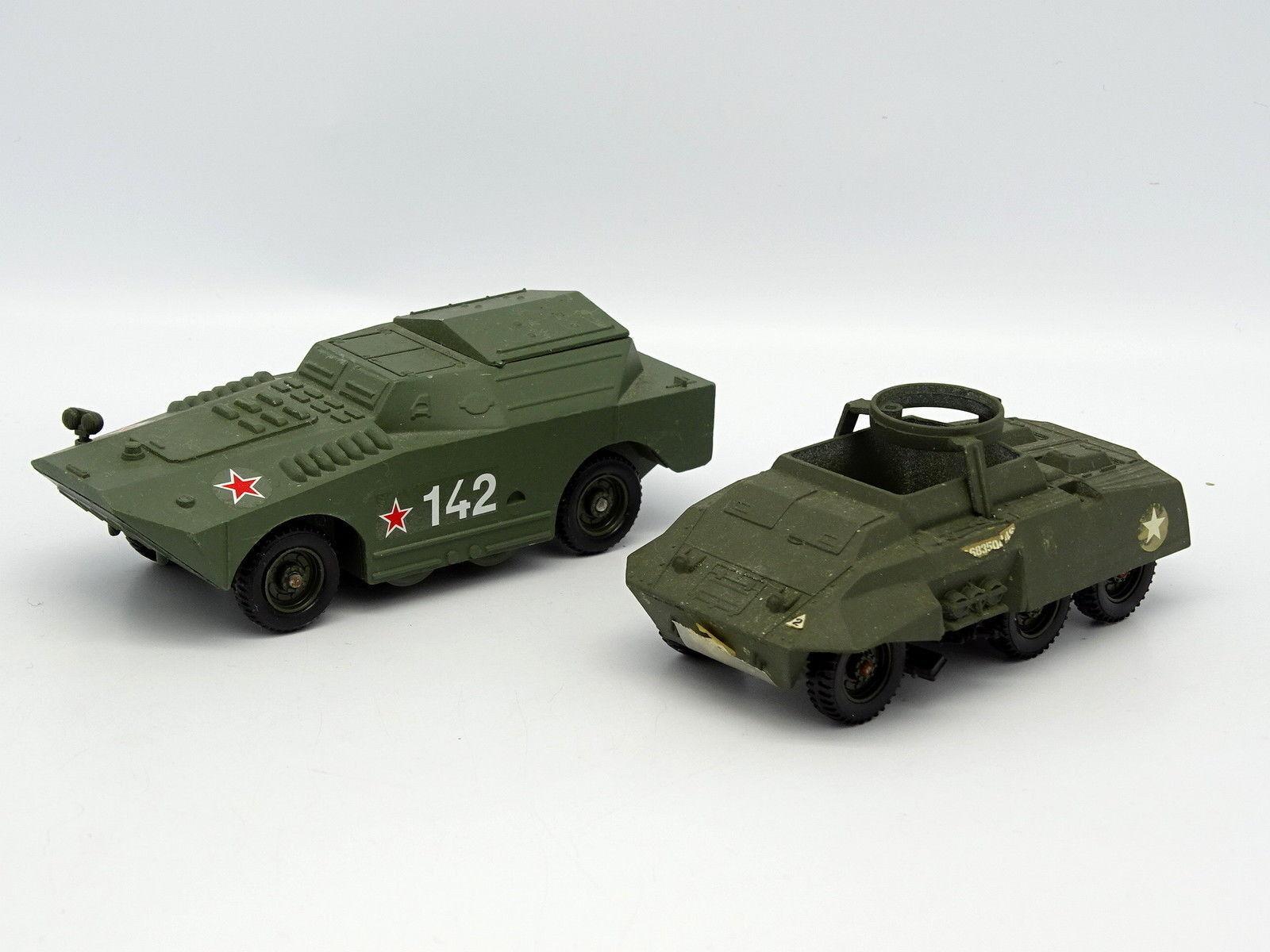 Solido Military Army SB 1 50 - - - Set of 2 Combat Car + BTR Russian 9a25e4