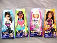 Bratz Doll Clothes Include: 4 Paper Dolls, All Clothing & Accessories Sealed