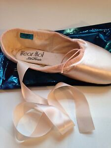 Wear Moi La Pointe Shoes TV XXX 5