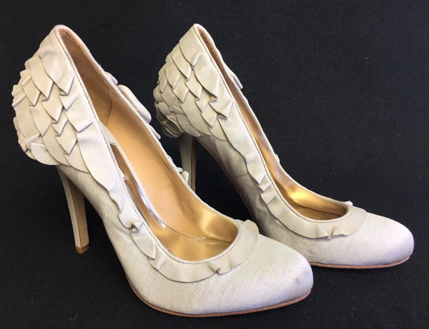 Badgley Mischka Ruffle Heels Pumps Classics Leather Grograin Heels Round Toe