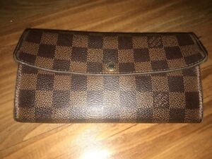 b8539ac48db28 Image is loading Authentic-Louis-Vuitton-Damier-Ebene-Canvas-Sarah-Long-