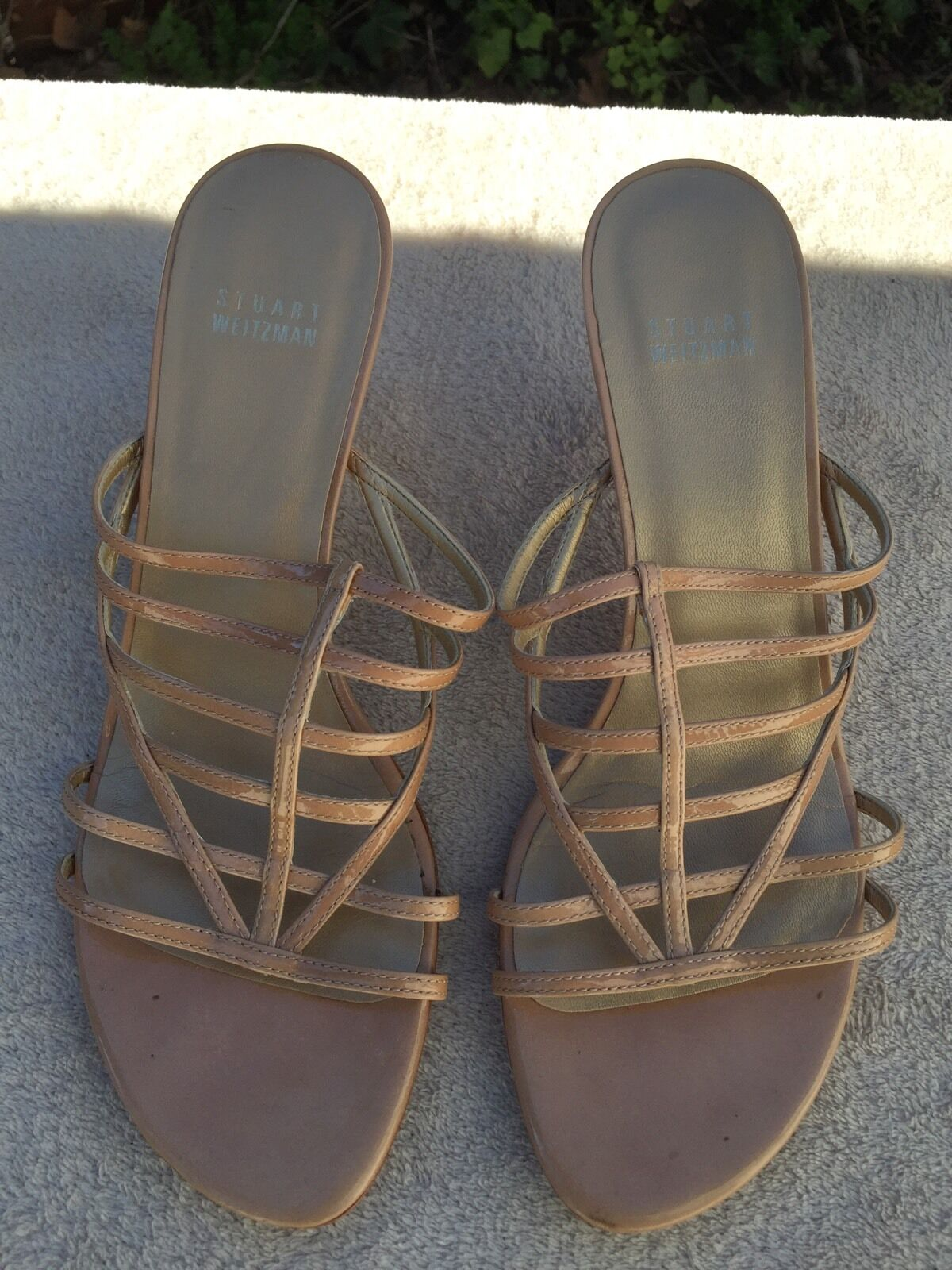 in vendita scontato del 70% STUART WEITZMAN Medium Heel Sandals Beige Beige Beige Leather 8 1 2  negozio online