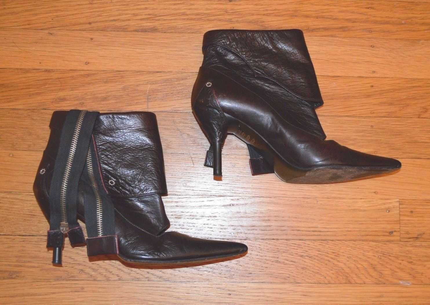 DIESEL Style Lab Women's Antiqued Leather Designer Ankle Boots (Sz 36 EU, 6 US)