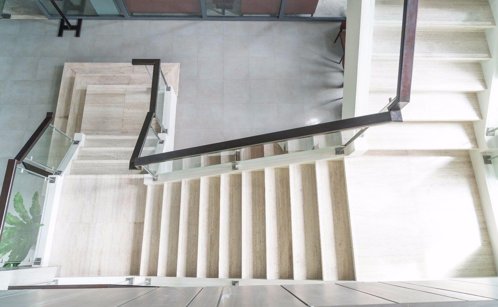 Antirutschfolie Antirutschfolie Antirutschfolie medium gekörnt transparent  selbstklebend,  ca. 100 cm x 135 cm 72329b