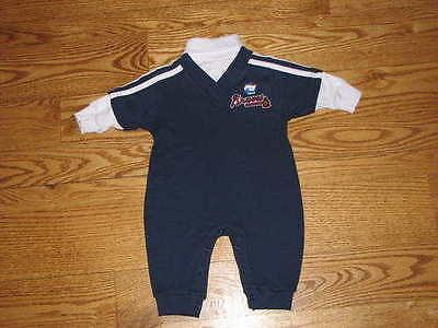NEW Atlanta Braves Baby Romper Creeper Size 6//9M 6//9 Mo Boys Girls Bodysuit